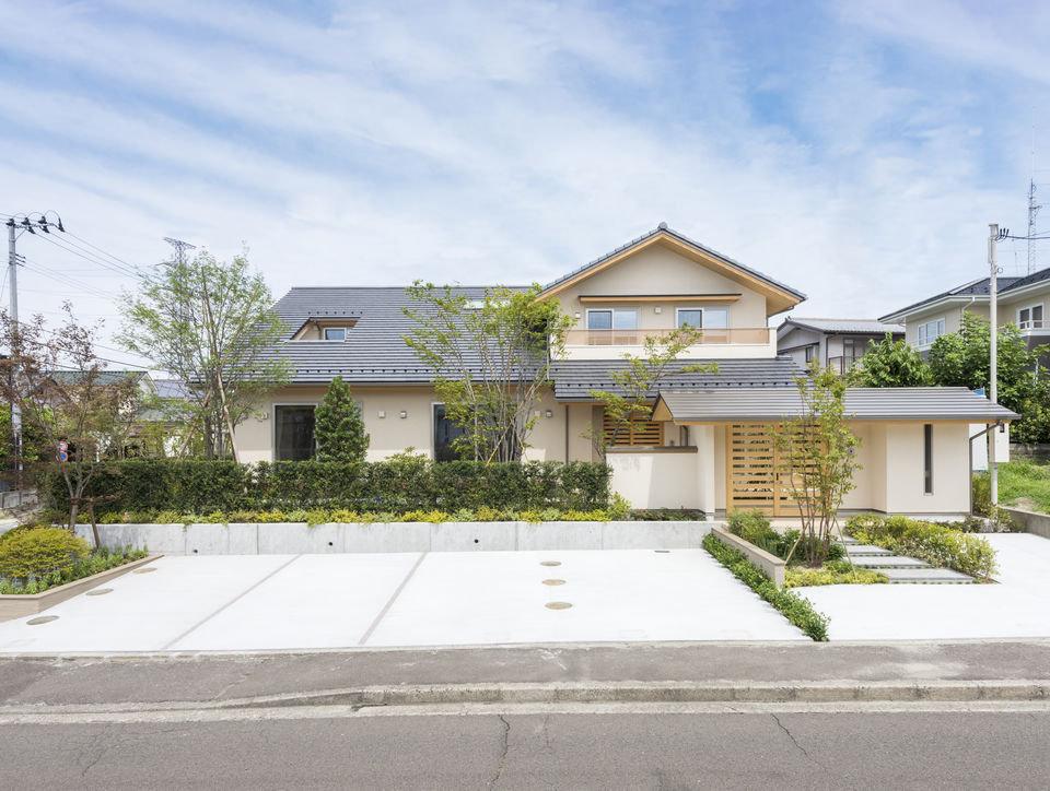 鶴が丘の二世帯住宅